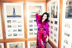 Love this robe by natori that dita Von Reese is wearing Christina Aguilera Movies, Dita Von Teese Burlesque, Retro Fashion, Vintage Fashion, The Coveteur, Burlesque Costumes, Girl Dancing, Amazing Women, Beautiful People