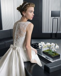 Two by Rosa Clará 2015 Collection. - 'Riga' - Long mikado and beaded lace wedding dress - 8A249