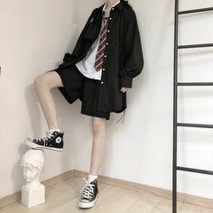 Kpop Fashion Outfits, Tomboy Fashion, Edgy Outfits, Cute Casual Outfits, Look Fashion, Pretty Outfits, Asian Men Fashion, Tomboy Style, Mode Emo