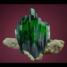 Vivianite, Fe3(PO4)2•8(H2O), Morococala mine, Dalence Province, Oruro Department, Bolivia ✏✏✏✏✏✏✏✏✏✏✏✏✏✏✏✏ IDEE CADEAU / CUTE GIFT IDEA  ☞ http://gabyfeeriefr.tumblr.com/archive ✏✏✏✏✏✏✏✏✏✏✏✏✏✏✏✏