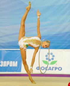 Yana KUDRYAVTSEVA (RUS) Hoop