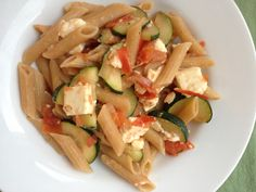 An easy, vegetarian pasta, ideal for weeknight, back-to-school dinners.  5 Ingredient Pasta: Whole Grain Penne with Zucchini, Tomato and Feta from themom100.com
