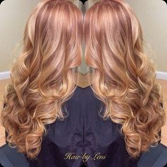 Balayage crimson hair strawberry blonde hair beth Conlin hair copper hair Balayage crimson hair s Blond Rose, Cinnamon Hair Colors, Strawberry Blonde Hair, Strawberry Blonde Highlights, Cool Hair Color, Hair Colour, Hair Highlights, Caramel Highlights, Color Highlights
