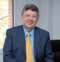 Julio A. Olivares Presidente y fundador de DocPath