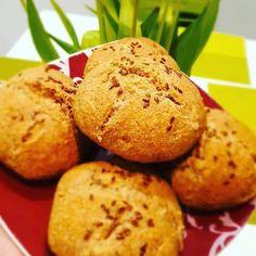 """Páči sa mi to: 118, komentáre: 3 – Dominika Kid Kovács (@dominikakidkovacsofficial) na Instagrame: """"Špaldové-kváskové bochníčky. Rozkvas: 1 PL kvások, 50 g celozrnná špaldová múka, 60g vlažná voda…"""" Muffin, Breakfast, Morning Coffee, Muffins, Cupcakes"""