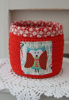 red crochet basket by Katia Donohoe, via Flickr