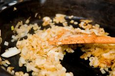 Caldo de mandioca com frango - com fotos passo a passo Grains, Rice, Lactose, Ethnic Recipes, Food, Casual, Health Recipes, Interesting Recipes, Ethnic Food