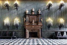 Palazzo Reale Turin - cheminée du Salon de la Garde Suisse du Palais Royal