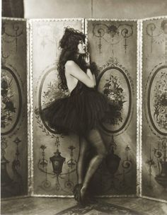 Dolores Costello, Ziegfeld girl (1923). Alfred Cheney Johnston
