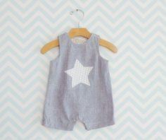 Baby Boy Salopette, Newborn Romper, Silk Bodysuit for little boy, Silk Romper suit for infant, Little Star Baby Romper von Melimebaby auf Etsy https://www.etsy.com/de/listing/160374252/baby-boy-salopette-newborn-romper-silk