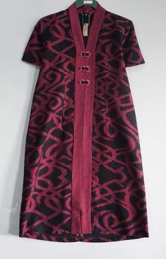 Bikin Blouse Batik, Batik Dress, Batik Kebaya, Simple Outfits, Simple Dresses, Pretty Dresses, Batik Fashion, Ethnic Fashion, Stylish Dress Designs