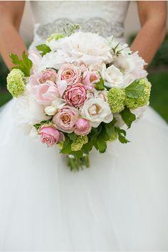 LOVE this bouquet! / Frenzel Studios / Orange County Wedding / via… Bride Bouquets, Bridal Flowers, Floral Wedding, Wedding Styles, Wedding Inspiration, Wedding Ideas, Marie, Wedding Planning, Dream Wedding