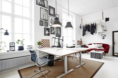 My creative studio. Katrin Bååth, Tändsticksområdet, Jönköping. | Foto: Sara Landstedt. | Styling: Katrin Bååth. Home Office, Office Desk, Workplace, Corner Desk, Studio Tours, Sweet Home, Loft, Furniture, Work Spaces