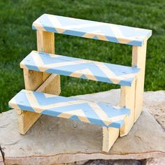 DIY Plant Riser Final with Yellow Blue Chevron