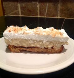 Paleo Coconut Cream Pie. Must try...such a yummy paleo dessert!