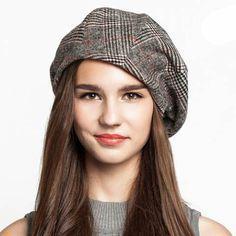 Black plaid beret hat for women vintage style #HatsForWomenVintage