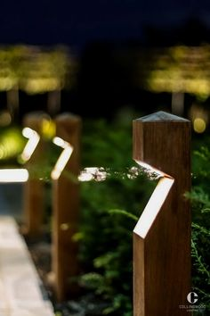 Here are outdoor lighting ideas for your yard to help you create the perfect nighttime entertaining space. outdoor lighting ideas, backyard lighting ideas, frontyard lighting ideas, diy lighting ideas, best for your garden and home Backyard Lighting, Outdoor Lighting, Outdoor Decor, Pathway Lighting, Garden Lighting Ideas, Outdoor Spaces, Outside Lighting Ideas, Park Lighting, Rope Lighting