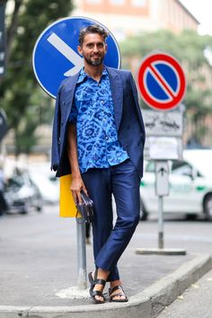Street Style: Floral print tee, relaxed suit and sandals.
