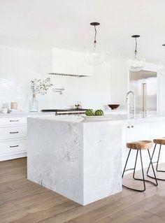 Coastal Style: White & Wood