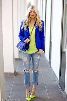 express girlfriend jeans - how to wear boyfriend jeans with a blazer