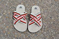 """WAYUU SANDALS US10.5-11/EUR44/UK10-10.5. Typical Wayuu Indian footwear called """"Wayrenas."""" www.colombiart.co"""