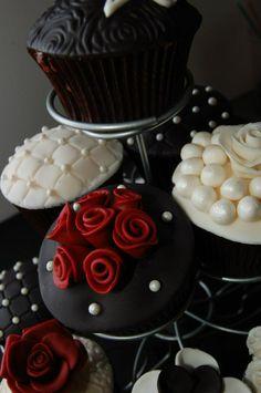 20Th Wedding Anniversary Cupcakes - Black, Pearl and Burgundy cupcakes ...