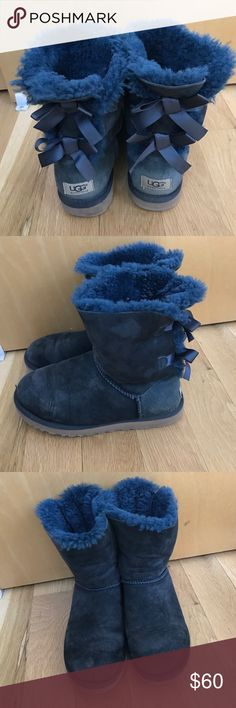 f1b925366f5 UGG Bailey Bow Authentic navy blue uggs with Bow detail on back. Slight  wear but