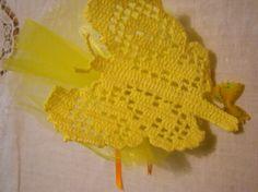 farfalla gialla all' uncinettoBOMBONIERA