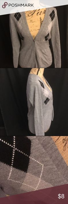 New York & Company Argyle sweater 💕 Gray cardigan sweater with argyle pattern. Great condition! By New York & company New York & Company Sweaters Cardigans