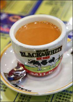 Food Porn: milk tea from Kam Wah Cafe, Hong Kong