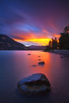 Sunset Photos - Columbia Morning Fire by Darren White Beautiful Sunset, Beautiful World, Beautiful Images, Beautiful Scenery, Landscape Photography, Nature Photography, Stunning Photography, Photos Voyages, Le Far West