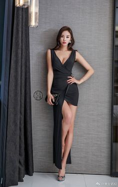 Asian Dating Site for Singles meeting Asian Girls for Love and Relationship. Beautiful Legs, Beautiful Asian Girls, Gorgeous Women, Asian Fashion, Girl Fashion, Fashion Outfits, Girls Selfies, Just Girl Things, Asian Woman