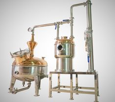 Did you know that a thumper setup allows for a secondary distillation without having to run the distillate a second time? If you're interested in shortening your workday, check out our past blog on why using a thumper on your kettle can be beneficial to you! #Entrepreneur #retortsystem #secondarykettle #rumstill #whiskeystill #gininfusion #craftspirits #distillery #distilling #craftdistillery #localcraft