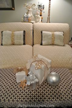 easy burlap pillow covers thepaintedapron.com