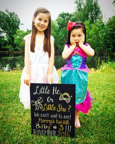 Super Ideas For Baby Announcement Third Number 3 Expecting Baby Announcements, Creative Pregnancy Announcement, Baby 3 Announcement, Third Pregnancy, Pregnancy Photos, Baby Pregnancy, Pregnancy Workout, Maternity Pictures, New Baby Products