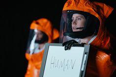 "Kadr zfilmu ""Nowy początek"", reż. Denis Villeneuve, 2016."