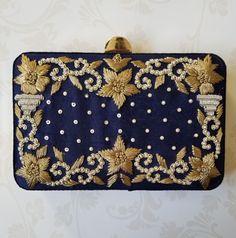 Best Leather Wallets For Women 2019 Couture Embroidery, Beaded Embroidery, Best Leather Wallet, Trendy Purses, Handmade Clutch, Clutch Purse, Wallets For Women, Blue Gold, Fancy