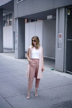 Blush pink outfit for summer
