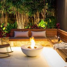 Fire Pit Seating, Fire Pit Area, Backyard Seating, Outdoor Seating Areas, Backyard Landscaping, Fire Pit Bowl, Deck Seating, Fire Pits, Small Fire Pit