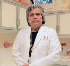 Dr Martin Tiznado Hernandez profesor investigador responsable del Laboratorio de Fisiologia Bioquimica y Biologia Molecular de Plantas 2
