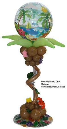 It's officially #summer! Here's another great #tropical balloon centerpiece idea for themed parties. Design by Yves Germain, CBA, of Matouvu in Henin-Beaumont, France.