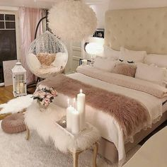 40 Cozy Home Decorating Ideas for Girls' Bedrooms. 40 Cozy Home Decorating Ideas for Girls' Bedrooms Bedroom Decor For Teen Girls, Room Ideas Bedroom, Bedroom Ideas For Small Rooms Women, Cozy Bedroom Decor, Warm Bedroom, Bedroom Bed, Teenage Girl Bedrooms, Square Bedroom Ideas, Blush Bedroom Decor