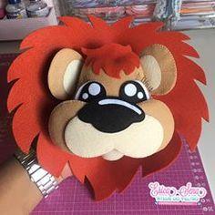 Fofurometro explodiu ❤️ #leao #leaoemfeltro #leão #safari #safaribaby #safariparty #safaris #ensaiofotograficoinfantil #primeiroaninho #fotografa Felt Crafts, Diy And Crafts, Crafts For Kids, Arts And Crafts, Animal Projects, Craft Projects, Bible Quiet Book, Hand Embroidery Videos, Diy Baby Gifts