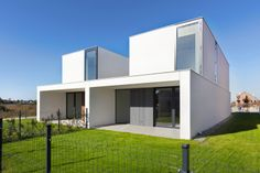 archiweb.cz - Dvojdomek Minimalist Architecture, House Architecture, Double House, Duplex Apartment, Home Fashion, My Dream Home, Mansions, House Styles, Room