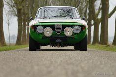 Alfa Romeo Giulia GT Veloce, 1966 - Welcome to ClassiCarGarage