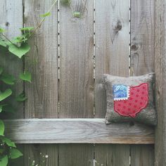 Stain Techniques, Coffee Staining, Ohio State Buckeyes, Primitive, Planter Pots, Stitching, Throw Pillows, Patterns, Fabric