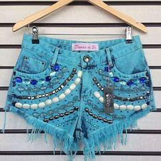Denim Shorts, Women, Fashion, Moda, Fashion Styles, Fashion Illustrations, Woman, Jean Shorts