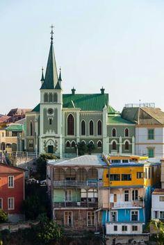 iglesia de la santa cruz. valparaiso