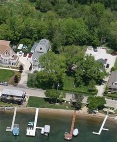 Family and pet friendly on waubeesee lake vacation for Vrbo wisconsin cabins
