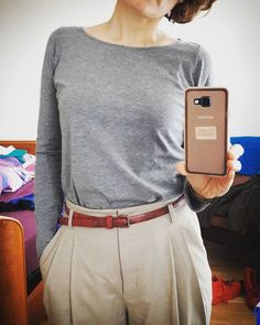 Me made May day 11: still a #larktee #grainlinestudio and RTW trouser. I would like to be able to sew a pair of trouser exactly like these  #memademay17 #mmm17cicerocucegrainlinestudio,mmm17,memademay17,larktee